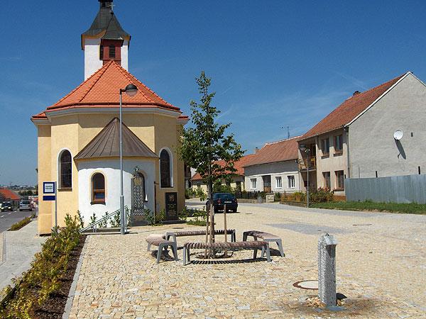 Náves Kuchařovice u Znojma